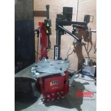 May thay vỏ lốp xe ô tô xe tải nhẹ dàn đè hỗ trợ HPA Italy Ý HPA-M422